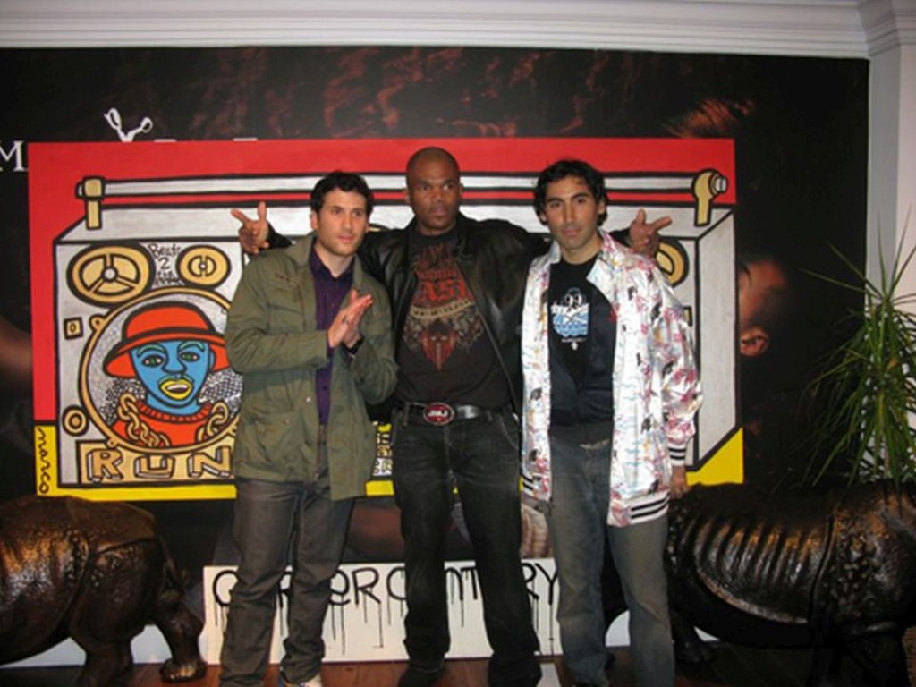 run-dmc-hollis-crew-rap-music-pop-art-street-art-marc-ecko-new-york-city-one-mini-print-boom-box-marco-ecko-dmc